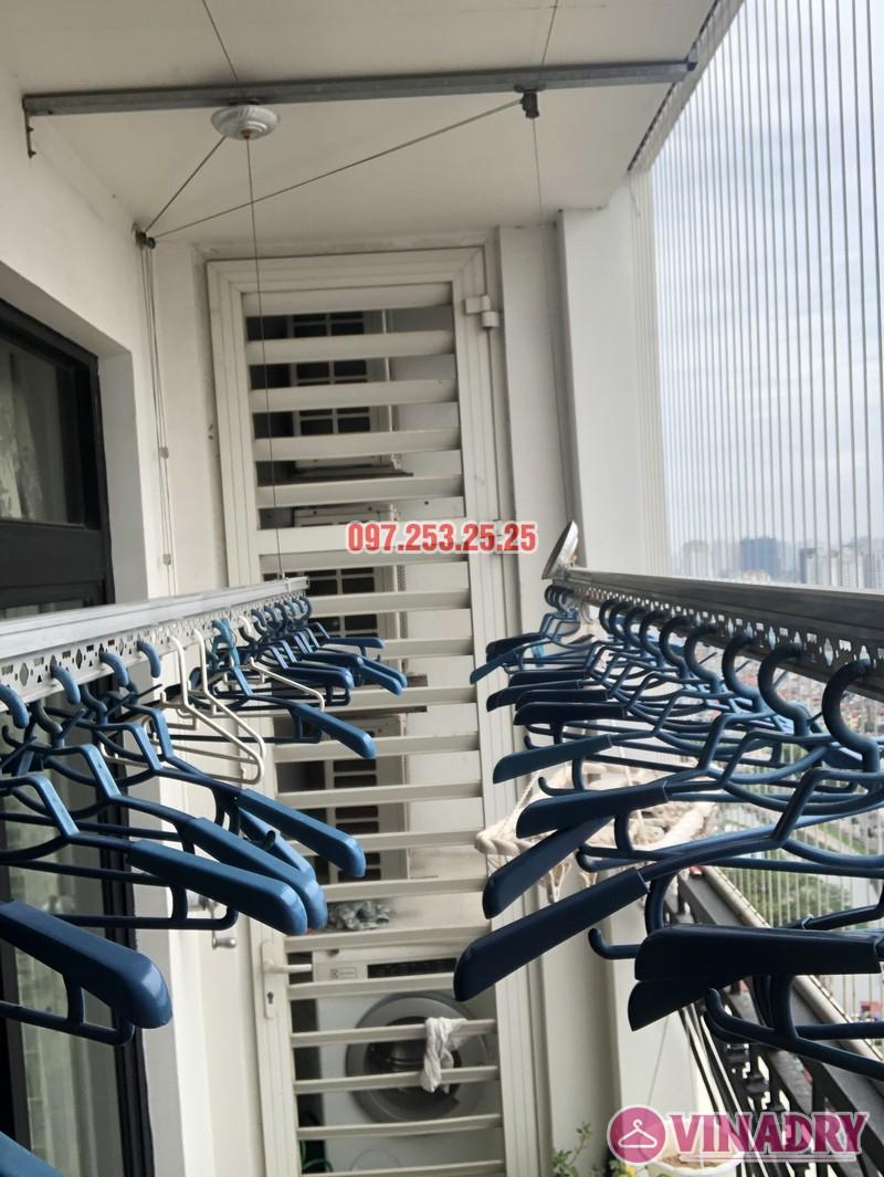 Sửa giàn phơi quần áo tại Royal City nhà chị Tình, Tòa R4B - 02