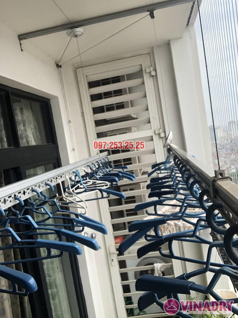 Sửa giàn phơi quần áo tại Royal City nhà chị Tình, Tòa R4B - 03