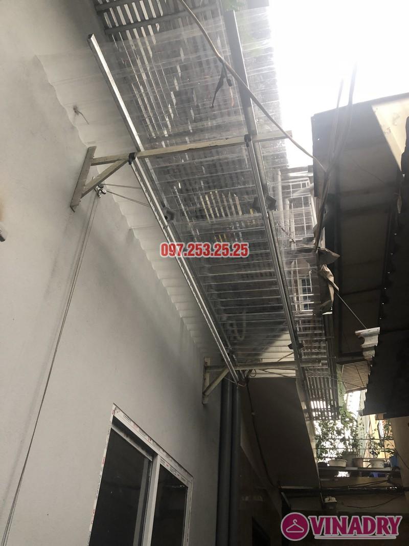 Lắp giàn phơi Hòa Phát nhà chị Hạnh, số 15, ngách 26 ngõ 219 Lĩnh Nam, Hoàng Mai - 02