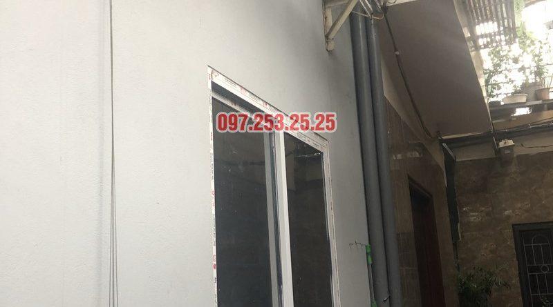 Lắp giàn phơi Hòa Phát nhà chị Hạnh, số 15, ngách 26 ngõ 219 Lĩnh Nam, Hoàng Mai - 01