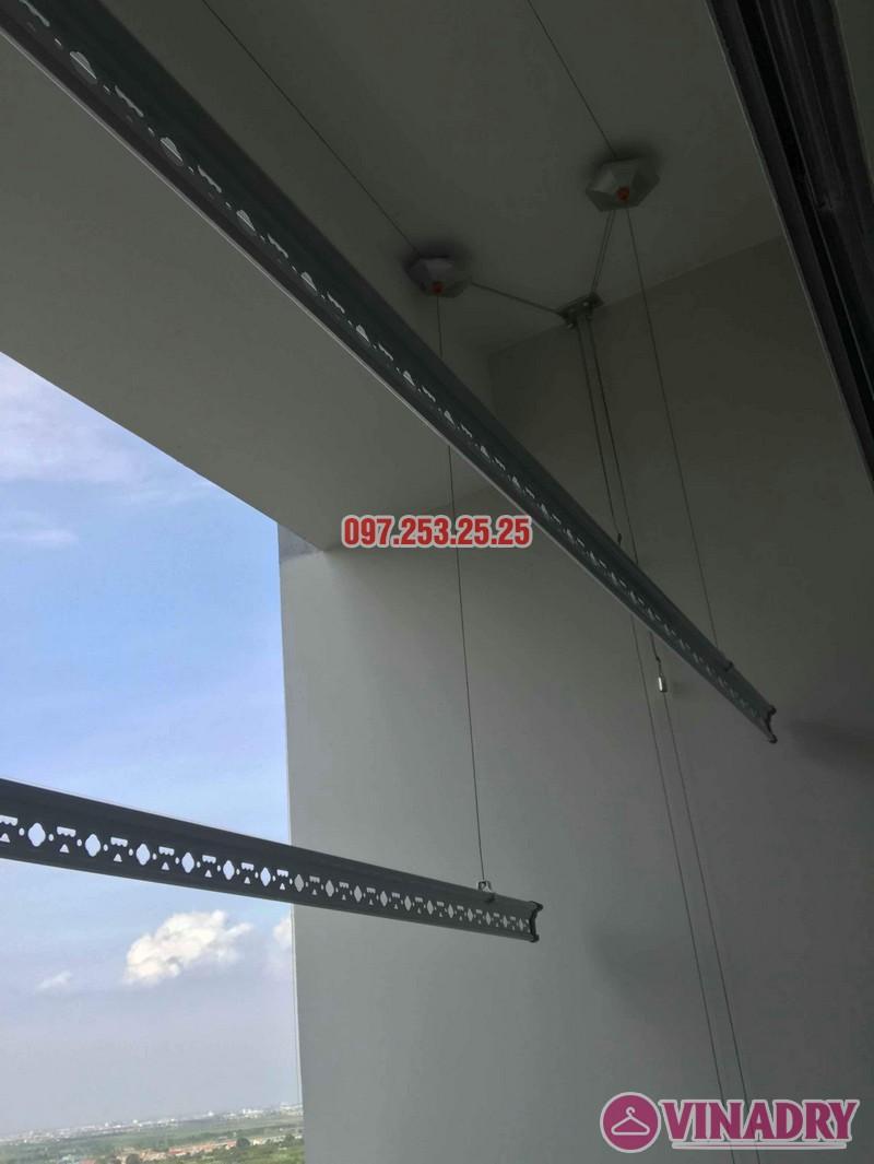 Lắp giàn phơi tại Ecopark nhà chị Mến, tòa West bay Residences - 07