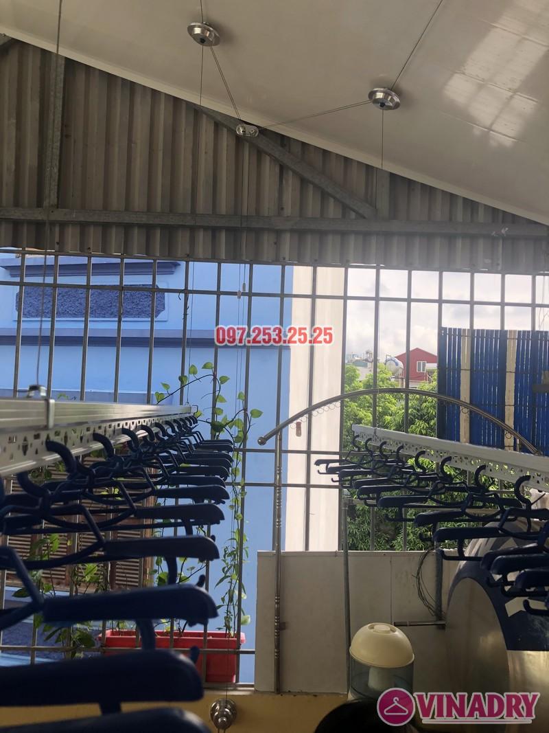 Lắp giàn phơi cho trần nhựa nhà cô Hiền, số 54 ngõ Đình Đông, Hai Bà Trưng, Hà Nội - 02