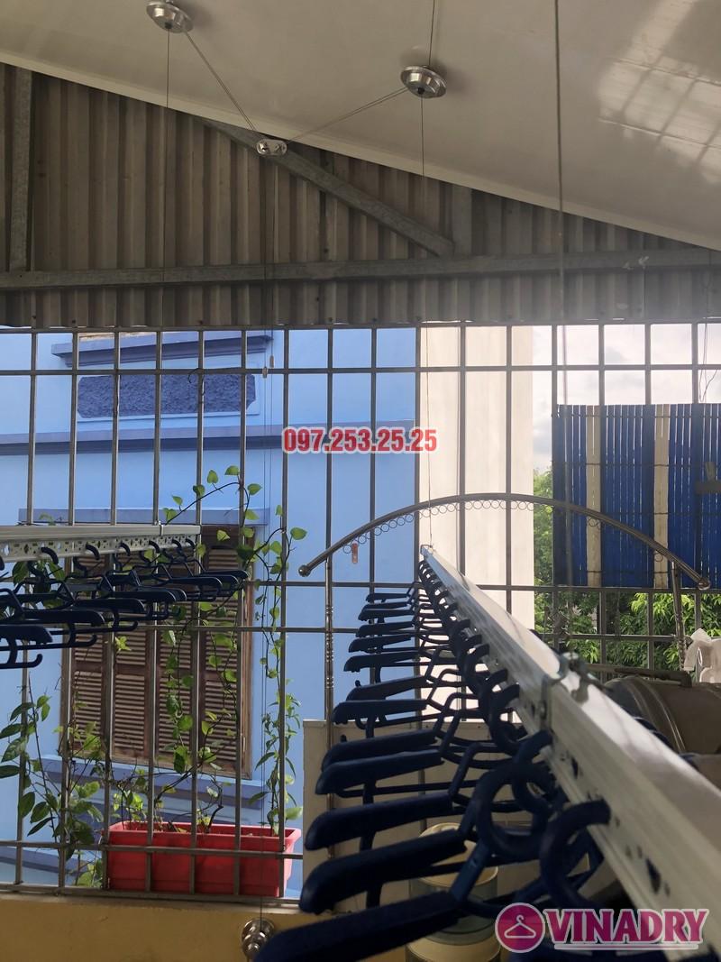 Lắp giàn phơi cho trần nhựa nhà cô Hiền, số 54 ngõ Đình Đông, Hai Bà Trưng, Hà Nội - 03