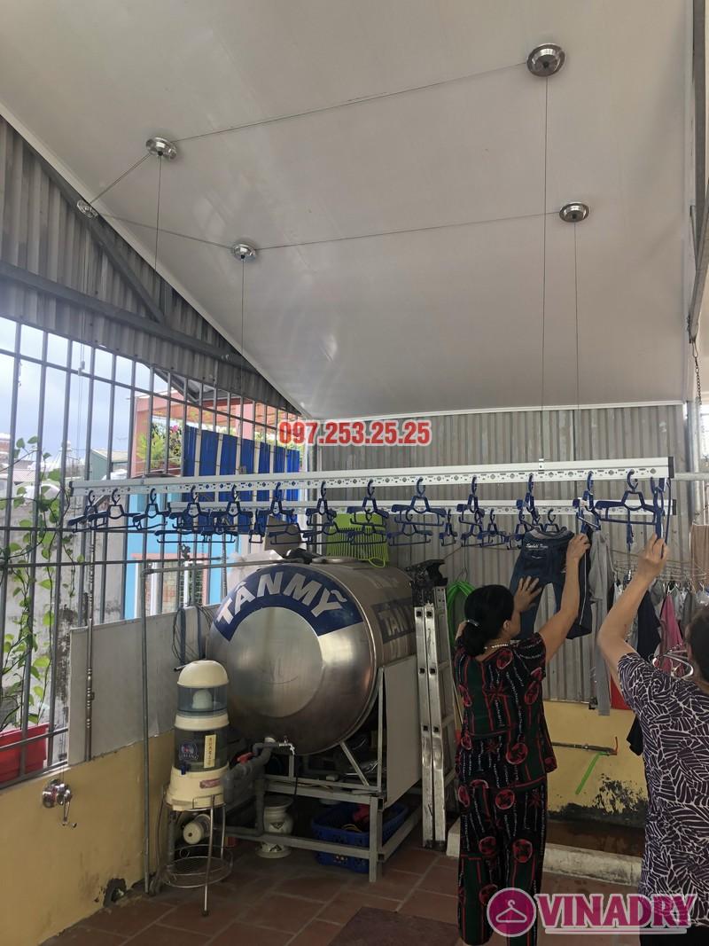 Lắp giàn phơi cho trần nhựa nhà cô Hiền, số 54 ngõ Đình Đông, Hai Bà Trưng, Hà Nội - 06