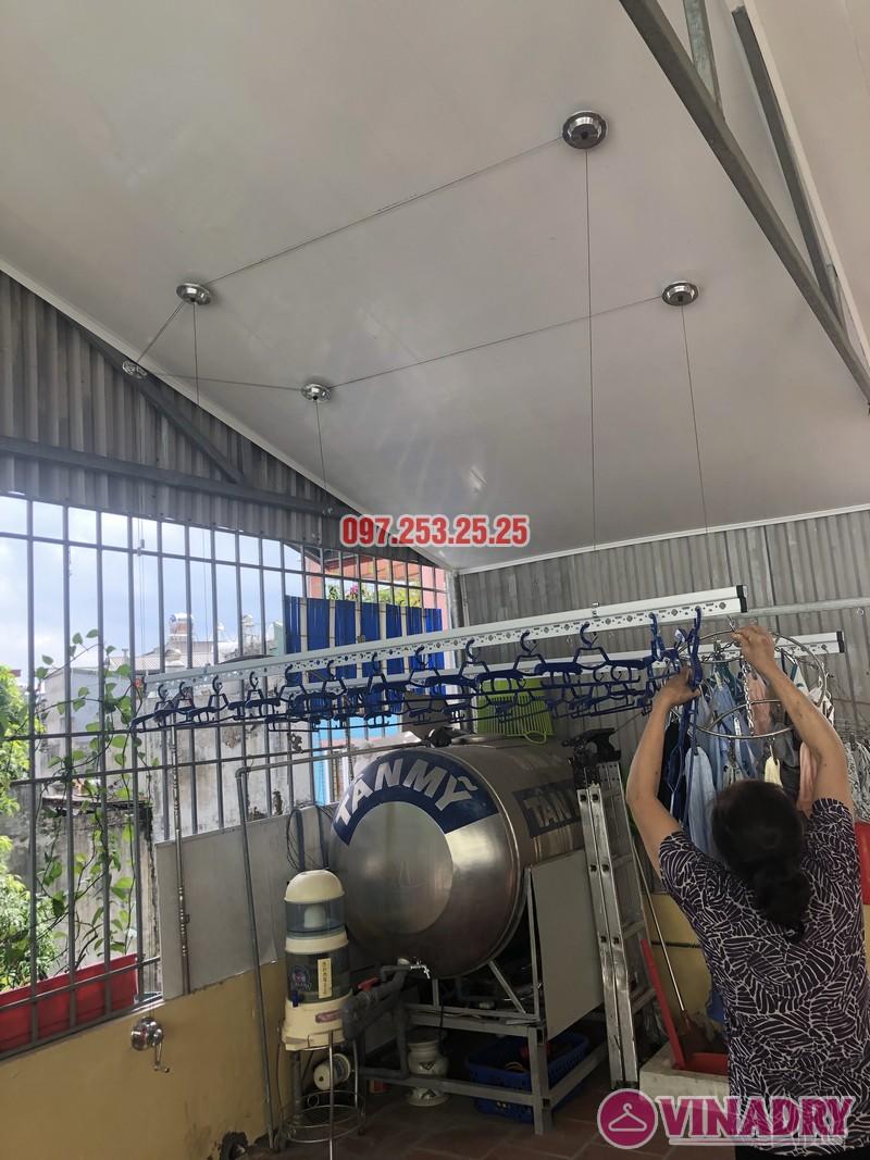 Lắp giàn phơi cho trần nhựa nhà cô Hiền, số 54 ngõ Đình Đông, Hai Bà Trưng, Hà Nội - 08