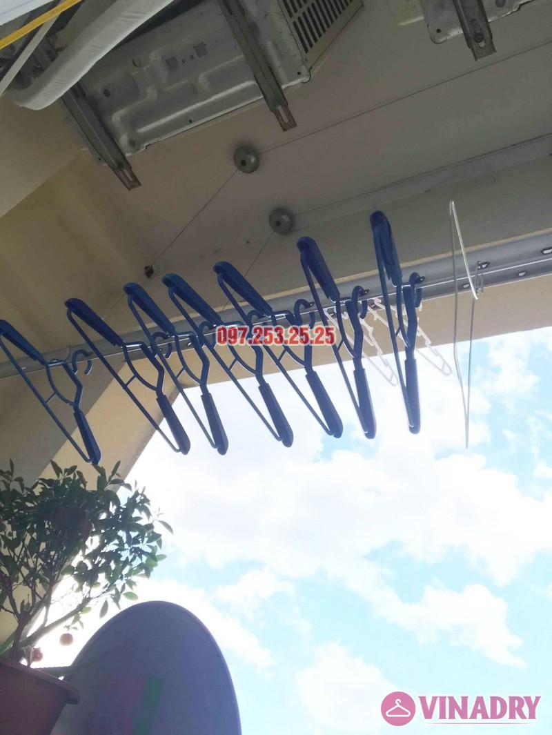 Sửa giàn phơi quần áo tại Long Biên nhà chị Trang, căn 806 tòa No 17-1 KĐT Sài Đồng - 01