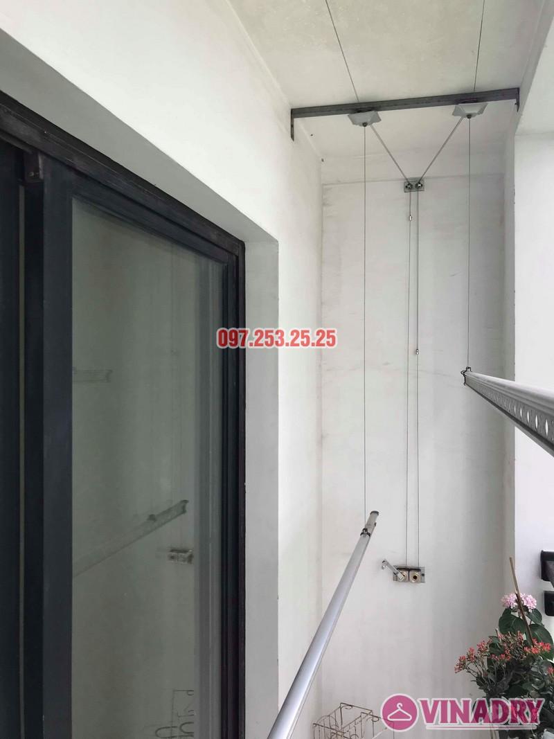 Sửa giàn phơi quần áo nhà chú Hải, tòa T15 Times City, Hai Bà Trưng, Hà Nội - 01