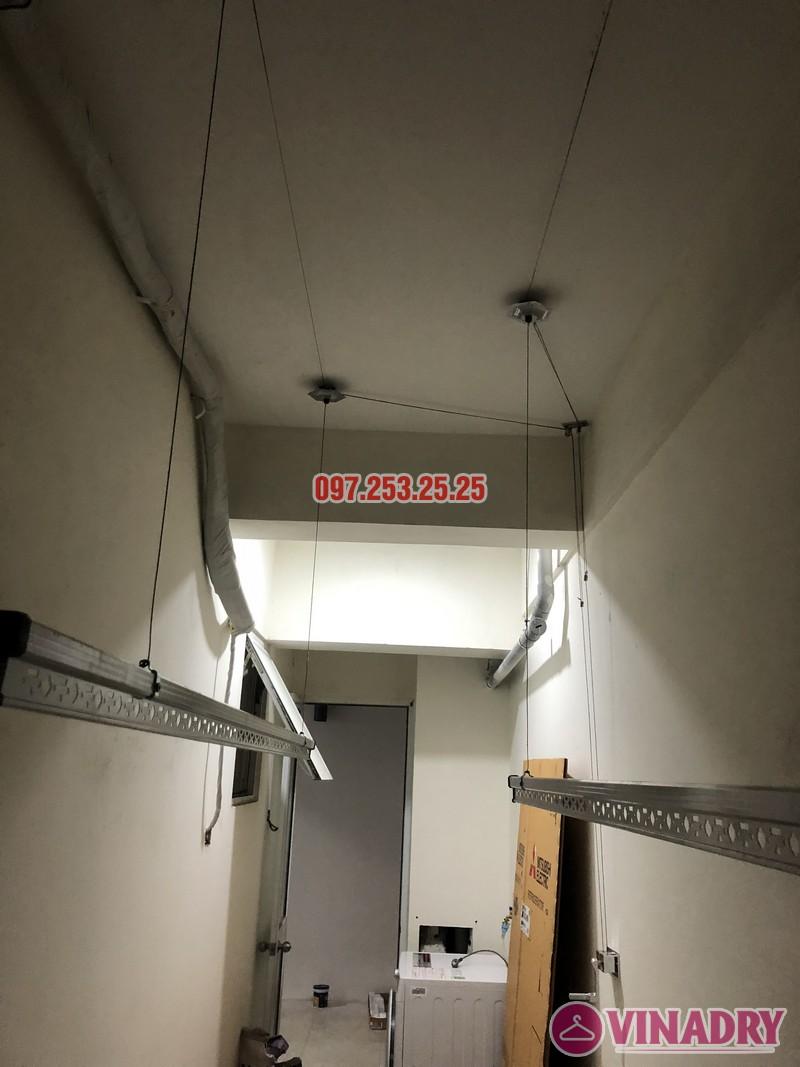 Lắp giàn phơi quần áo giá rẻ nhà chị Hiên, căn 2502, tòa CT2 chung cư Lilama 52 Lĩnh Nam - 04