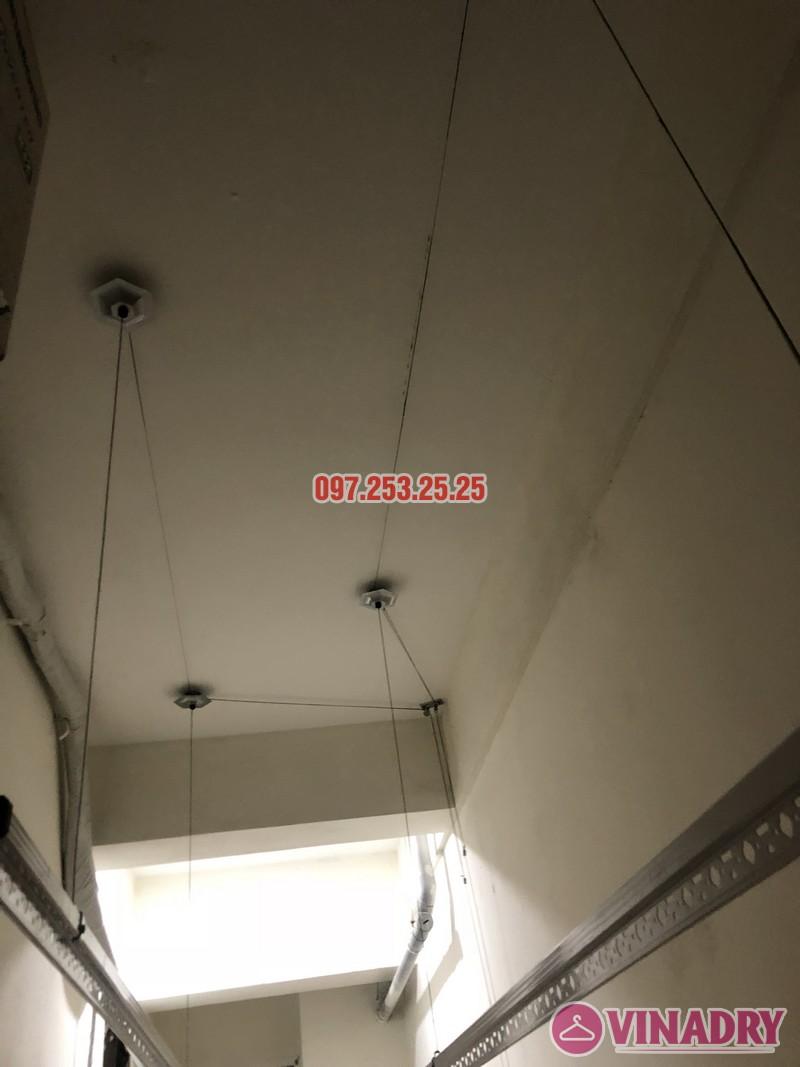 Lắp giàn phơi quần áo giá rẻ nhà chị Hiên, căn 2502, tòa CT2 chung cư Lilama 52 Lĩnh Nam - 06
