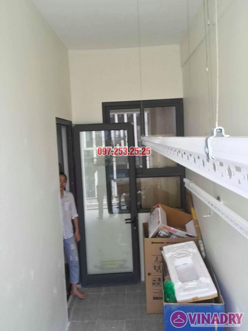 Lắp giàn phơi quần áo thông minh nhà chị Liễu, tòa A5, An Bình City, 232 Phạm Văn Đồng - 02