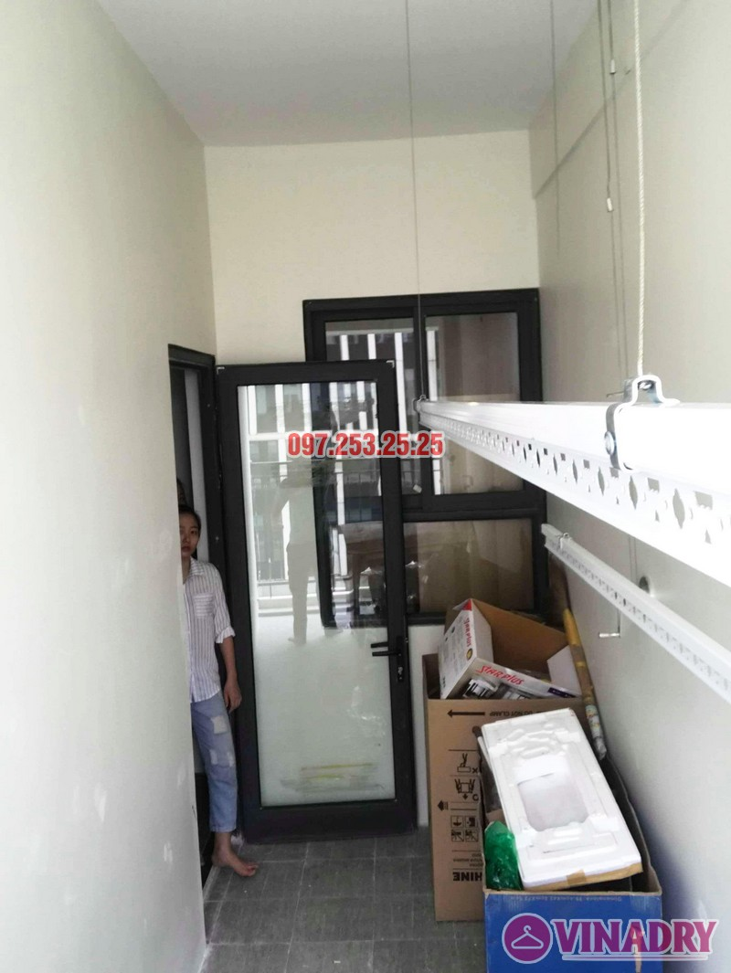 Lắp giàn phơi quần áo thông minh nhà chị Liễu, tòa A5, An Bình City, 232 Phạm Văn Đồng - 03