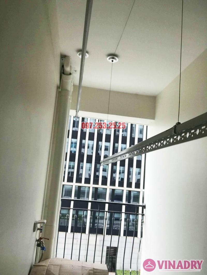 Lắp giàn phơi quần áo thông minh nhà chị Liễu, tòa A5, An Bình City, 232 Phạm Văn Đồng - 07