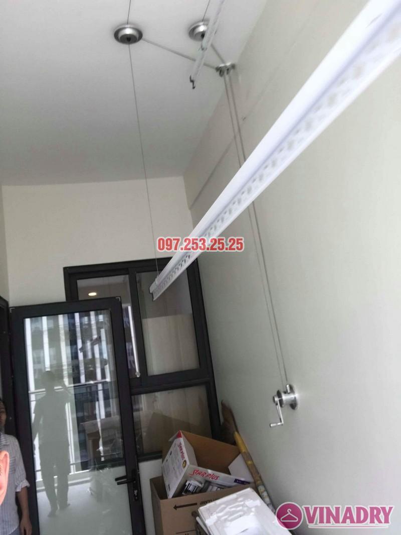 Lắp giàn phơi quần áo thông minh nhà chị Liễu, tòa A5, An Bình City, 232 Phạm Văn Đồng - 08