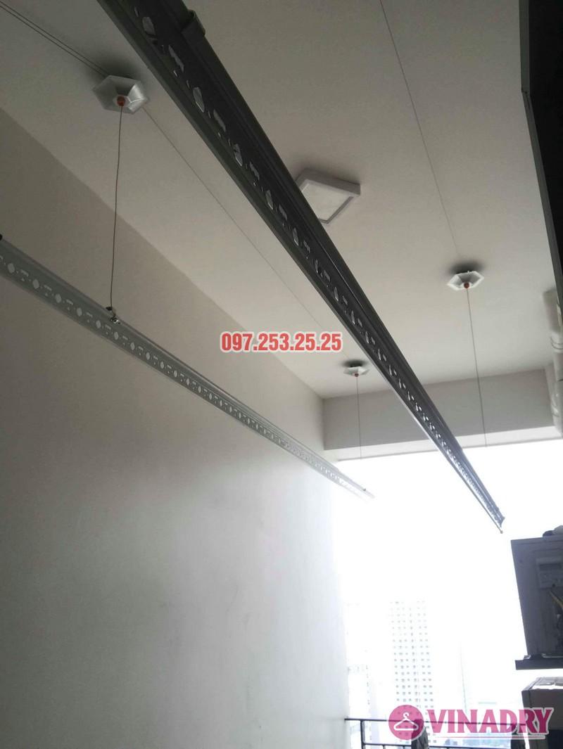 Lắp giàn phơi Hòa Phát KS990 nhà chị Ban, chung cư 789 Bộ Quốc Phòng - 05