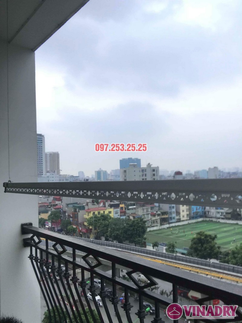 Lắp giàn phơi thông minh tại Royal City nhà Chị Tín, Tòa R6 - 05