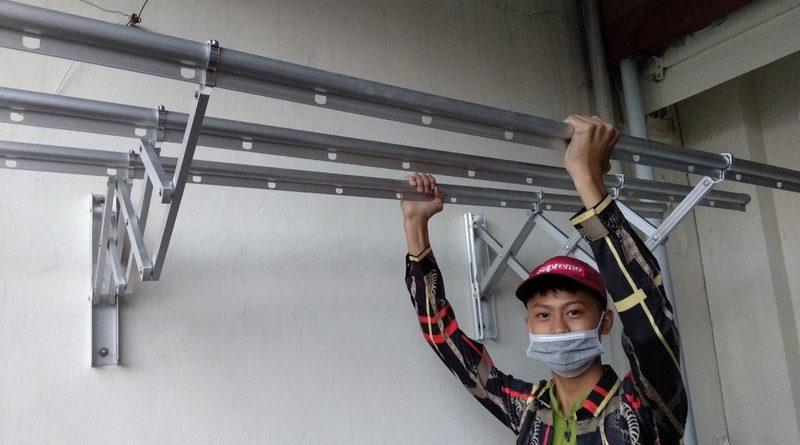 Lắp giàn phơi thông minh kéo ngang nhà chị Khanh, số 17, ngách 162/4 Đông Thiên, Hoàng Mai - 03