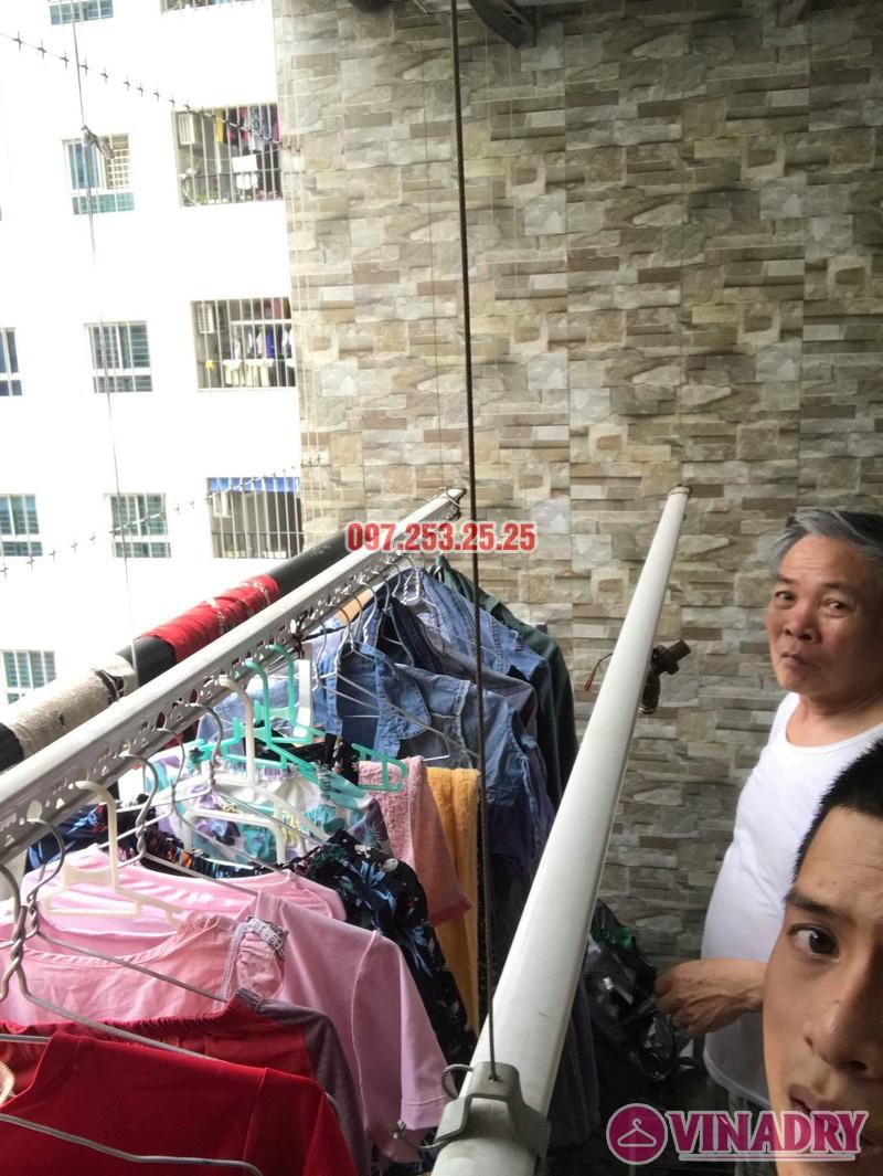 Sửa giàn phơi quần áo nhà chú Thịnh, Mạc Thái Tổ, Cầu Giấy, Hà Nội - 01