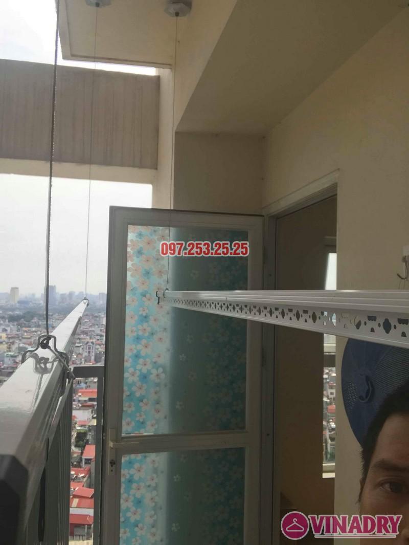 Lắp giàn phơi quần áo tại Long Biên nhà anh Tính, chung cư ngõ 390 Ngô Gia Tự - 04