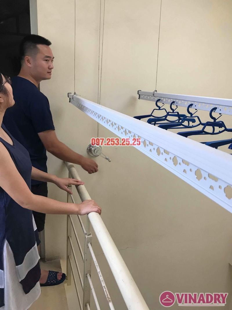 Lắp giàn phơi cho trần mái tôn nhà anh Cảnh, số 38 ngõ 184 Đê Trần Khát Trân, Hà Nội - 01