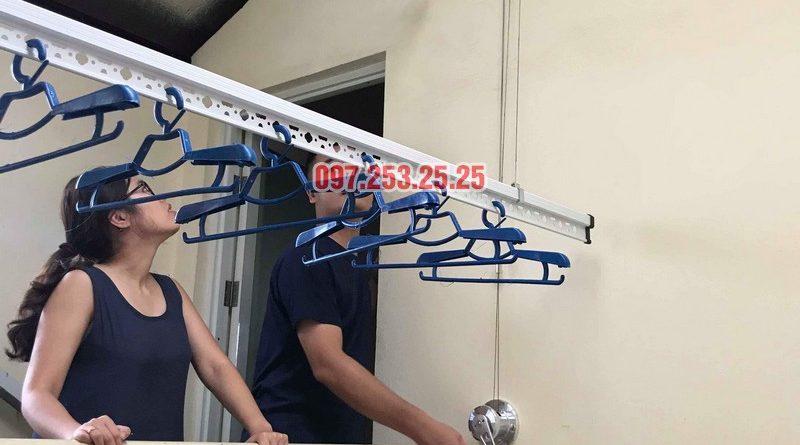 Lắp giàn phơi cho trần mái tôn nhà anh Cảnh, số 38 ngõ 184 Đê Trần Khát Trân, Hà Nội - 03