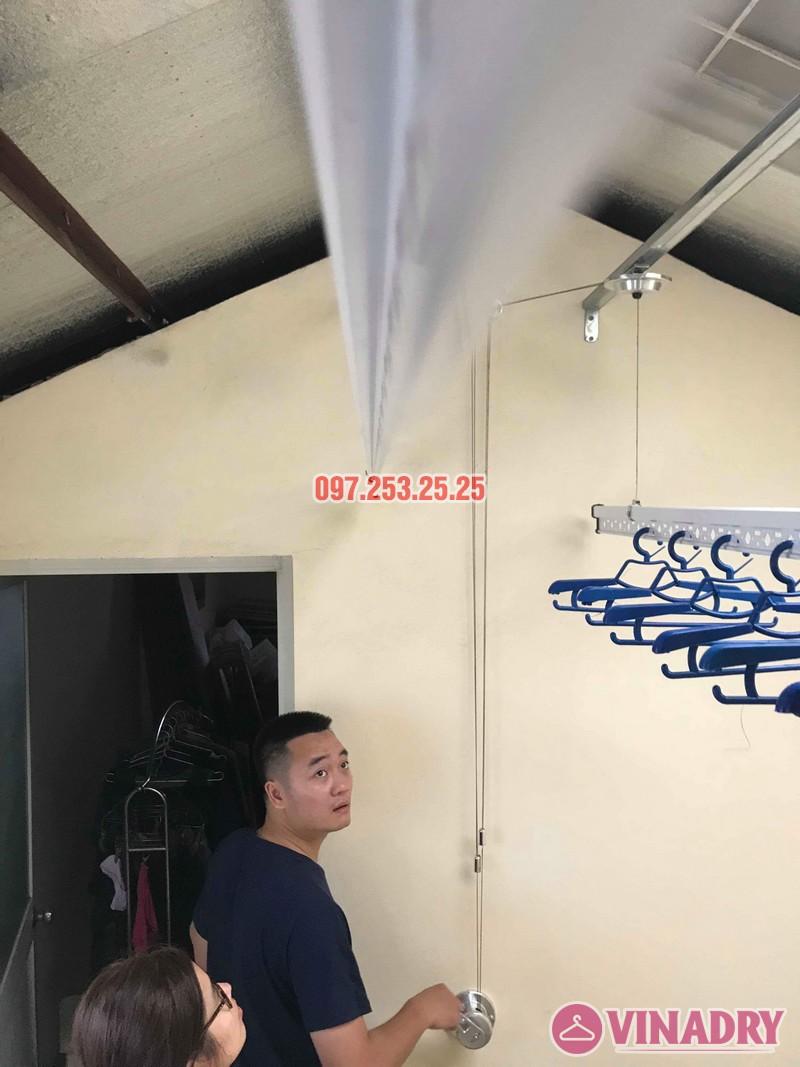Lắp giàn phơi cho trần mái tôn nhà anh Cảnh, số 38 ngõ 184 Đê Trần Khát Trân, Hà Nội - 04