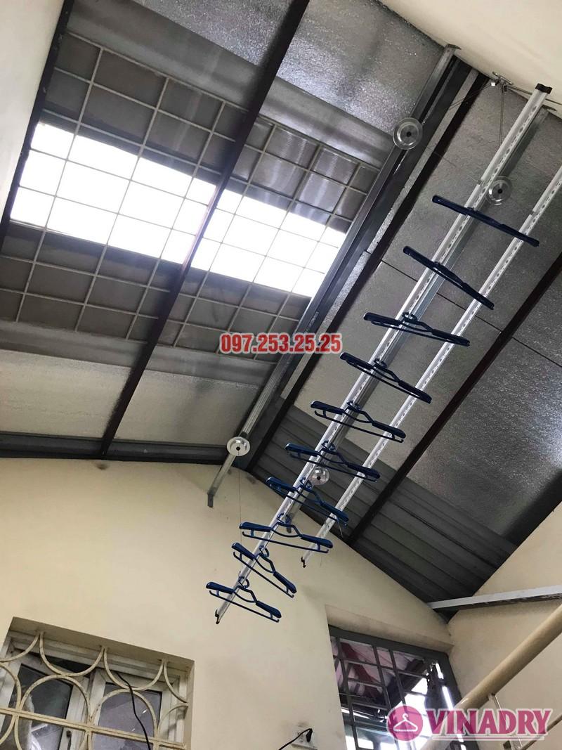 Lắp giàn phơi cho trần mái tôn nhà anh Cảnh, số 38 ngõ 184 Đê Trần Khát Trân, Hà Nội - 06
