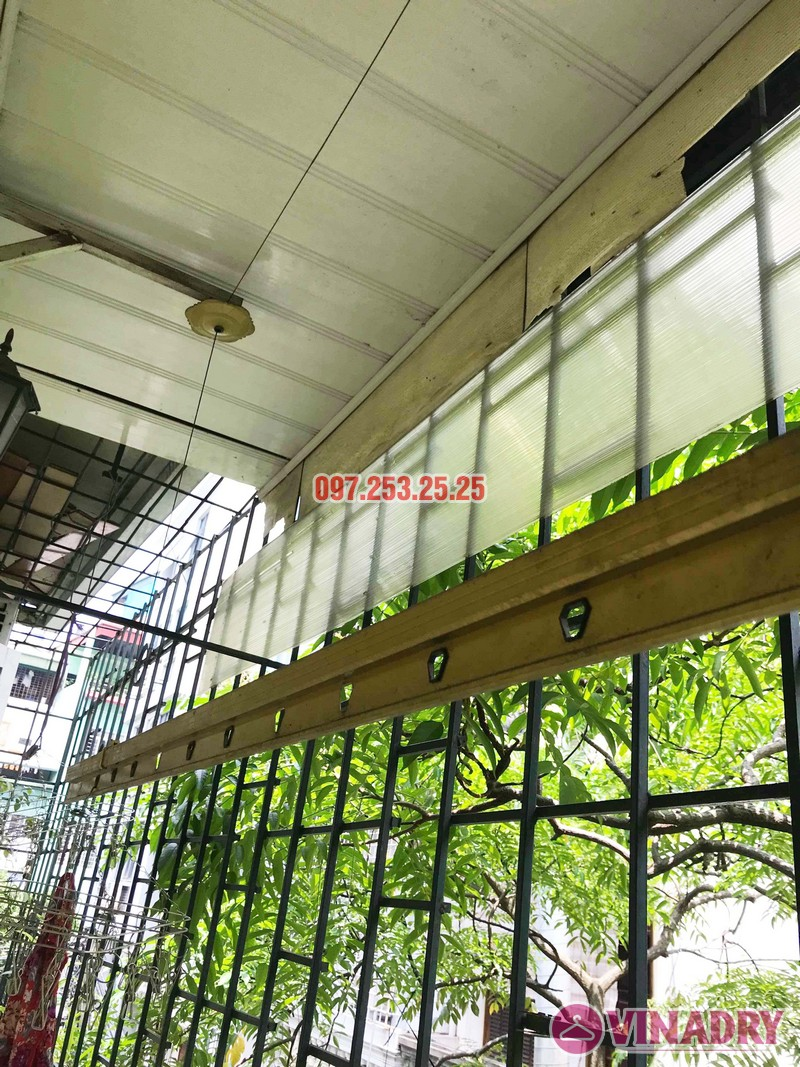 Sửa giàn phơi tại Hai Bà Trưng nhà cô Nụ, nhà tập thể ĐH Kinh Tế Quốc Dân - 04