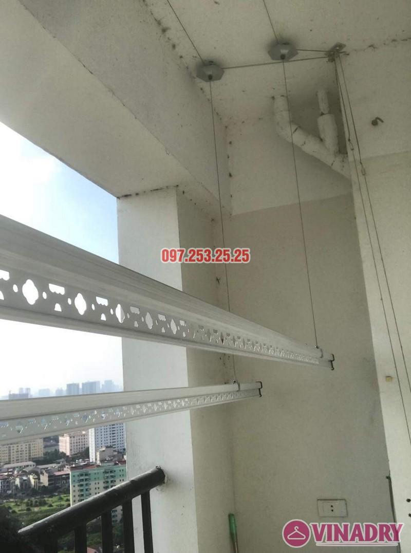 Lắp giàn phơi Hòa Phát giá rẻ nhà anh Mỹ, chung cư HH3 Linh Đàm, Hà Nội - 04