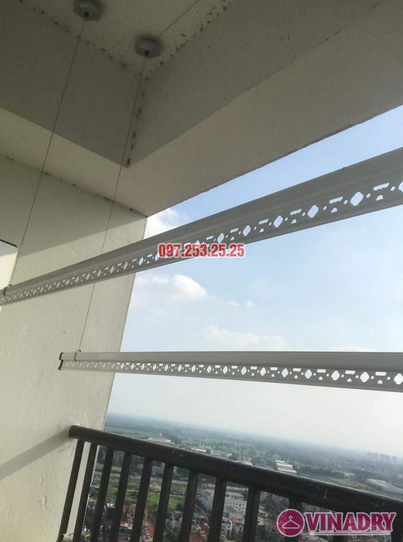 Lắp giàn phơi Hòa Phát giá rẻ nhà anh Mỹ, chung cư HH3 Linh Đàm, Hà Nội - 06