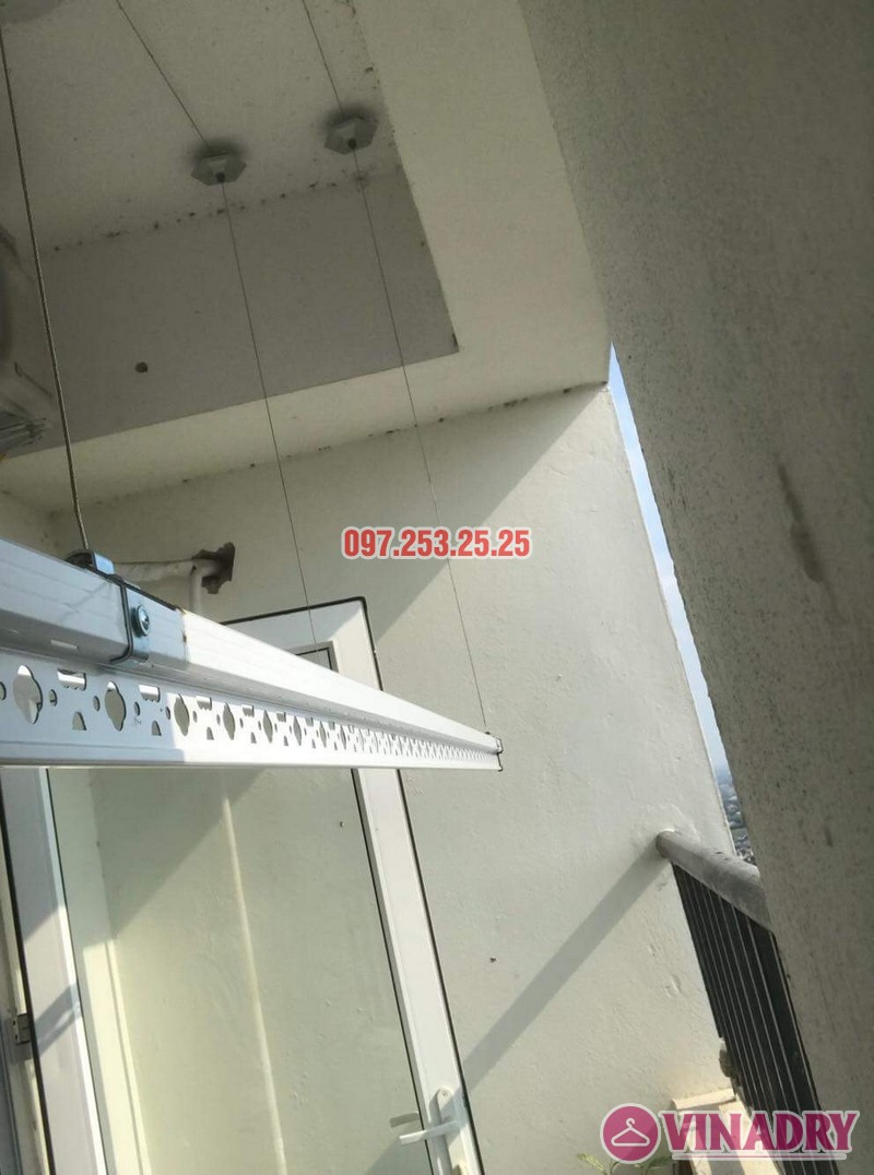 Lắp giàn phơi Hòa Phát giá rẻ nhà anh Mỹ, chung cư HH3 Linh Đàm, Hà Nội - 07