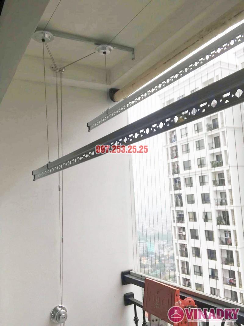 Lắp giàn phơi Hòa Phát Star tại Times City nhà chị Hà, Tòa T9 - 02