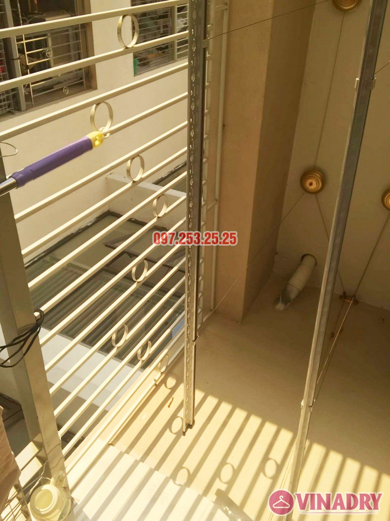 Lắp giàn phơi Hòa Phát KG900 nhà chị Đào, Đặng Xá, Gia Lâm, Hà Nội - 07