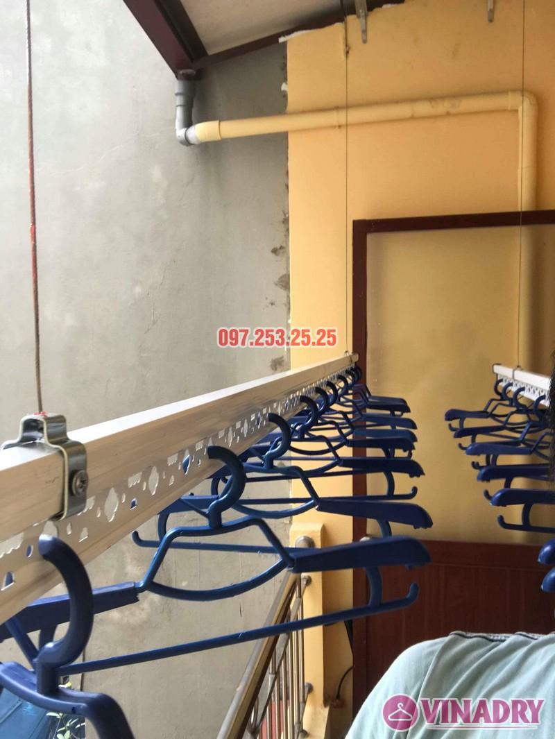 Lắp giàn phơi Hòa Phát chính hãng nhà chị Hà, số 19, ngõ Hòa Bình 6, Minh Khai, Hà Nội - 01