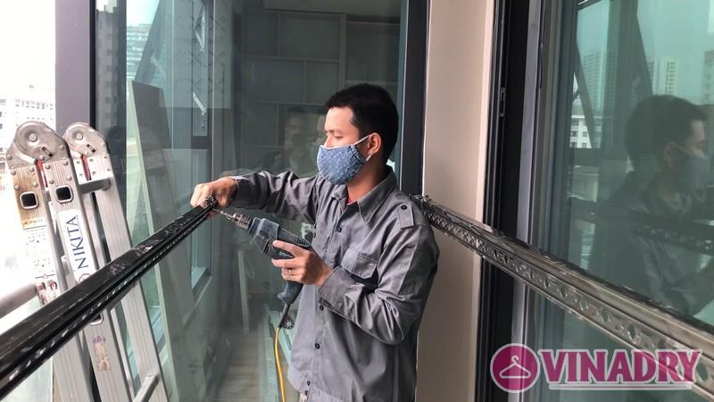 Lắp giàn phơi Vinadry mẫu mới 2019 tại nhà chị Hạnh, căn 808, Tòa B the Legend, 109 Nguyễn Tuân - 06