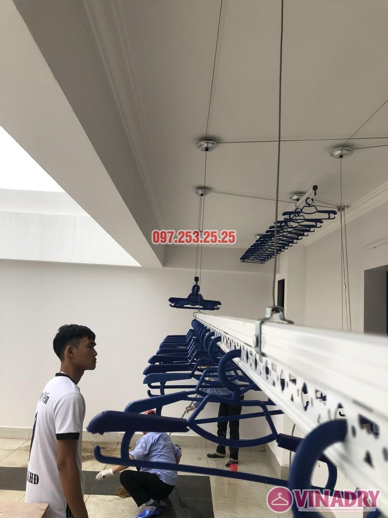 Lắp 2 bộ giàn phơi Hòa Phát nhà anh Hùng, số 10, ngõ 264/21/55 Ngọc Thụy, Long Biên - 01
