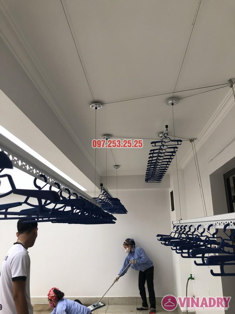 Lắp 2 bộ giàn phơi Hòa Phát nhà anh Hùng, số 10, ngõ 264/21/55 Ngọc Thụy, Long Biên - 02