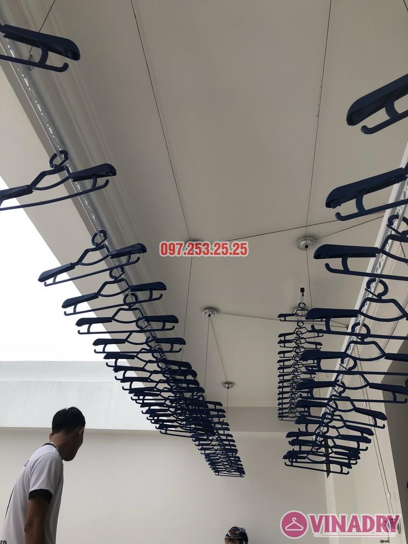 Lắp 2 bộ giàn phơi Hòa Phát nhà anh Hùng, số 10, ngõ 264/21/55 Ngọc Thụy, Long Biên - 03