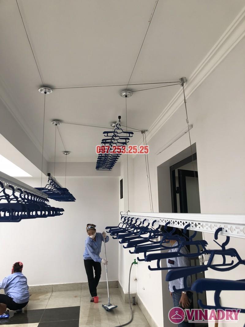 Lắp 2 bộ giàn phơi Hòa Phát nhà anh Hùng, số 10, ngõ 264/21/55 Ngọc Thụy, Long Biên - 04