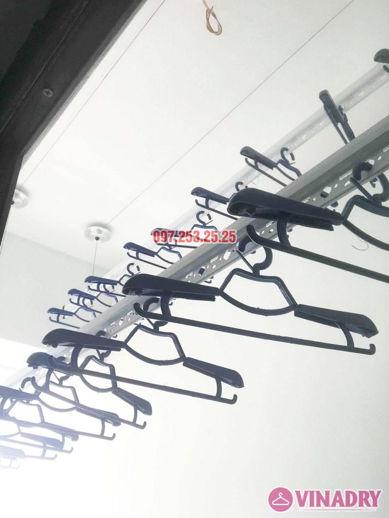 Lắp giàn phơi quần áo tại Long biên nhà chị Nhài, chung cư Valencia Garden - 02