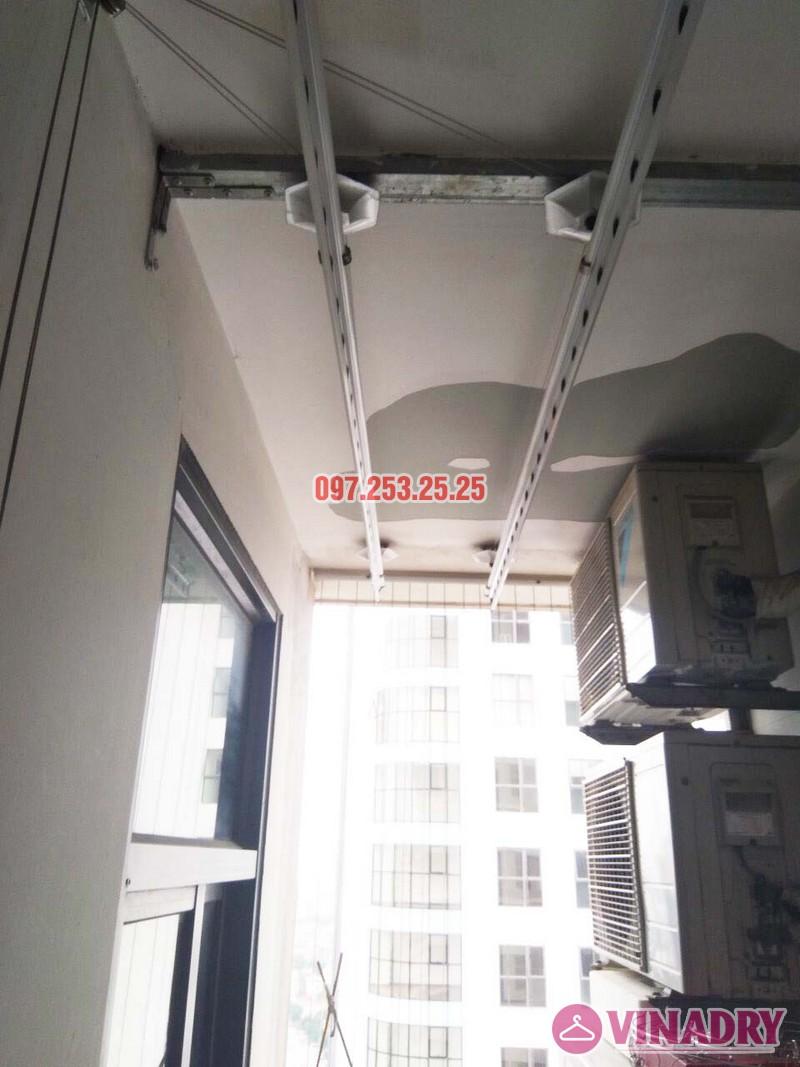 Sửa giàn phơi tại Thanh Xuân nhà cô Yến, căn 2210 chung cư 81 Lê Văn Lương - 04