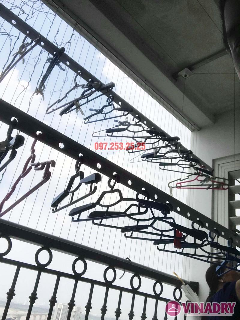 Sửa giàn phơi thông minh giá rẻ tại Hà Nội nhà chị Mai, Tòa T8, Times City - 02