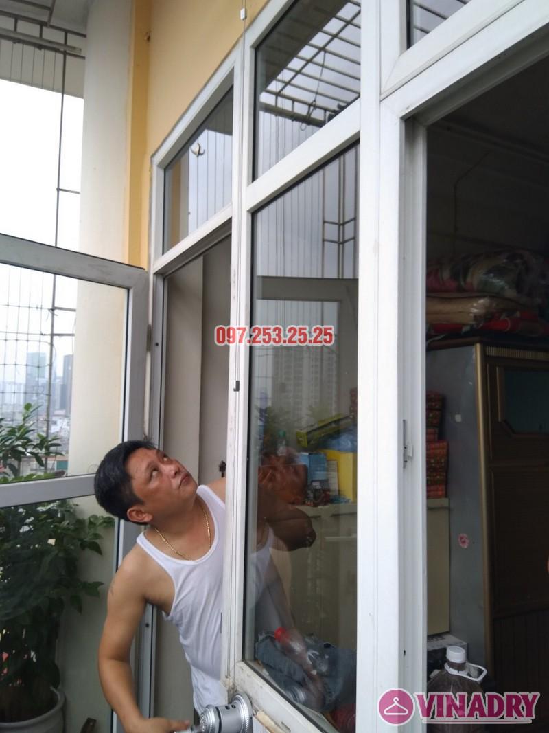 Thay bộ tời giàn phơi quần áo nhà anh Hảo, chung cư Mini Trung Kính - 06