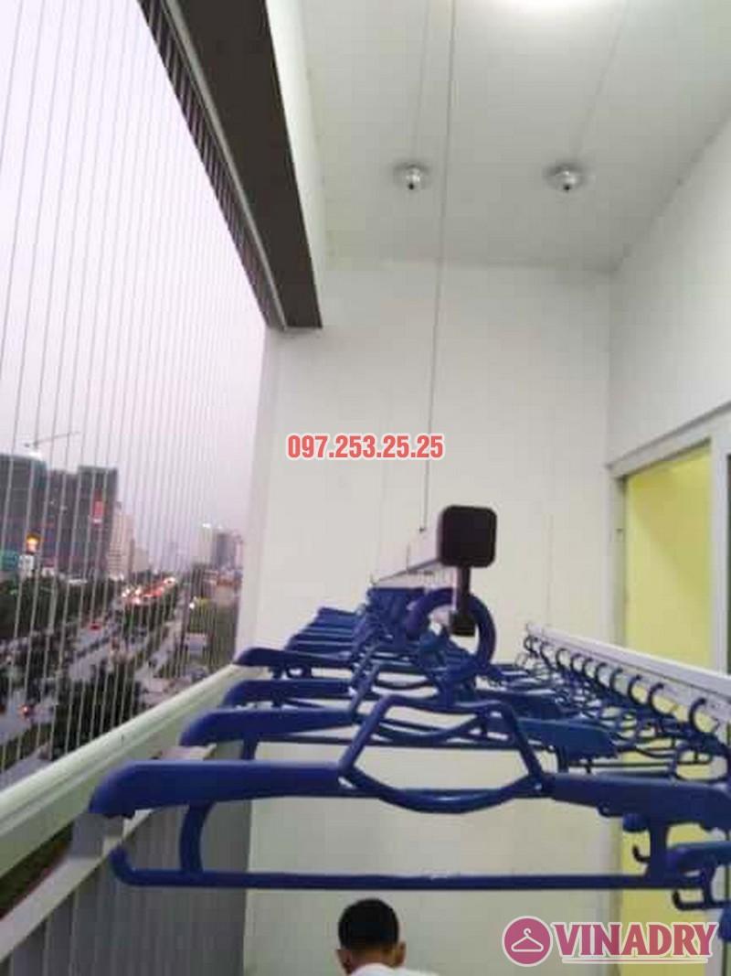 Lắp giàn phơi chung cư Xuân Phương Quốc Hội nhà chị Nga, căn 303, CT2B - 03