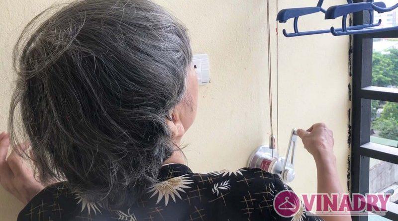 Lắp giàn phơi thông minh chung cư số 3 Vạn Phúc nhà cô Hoa bộ HP701- 02