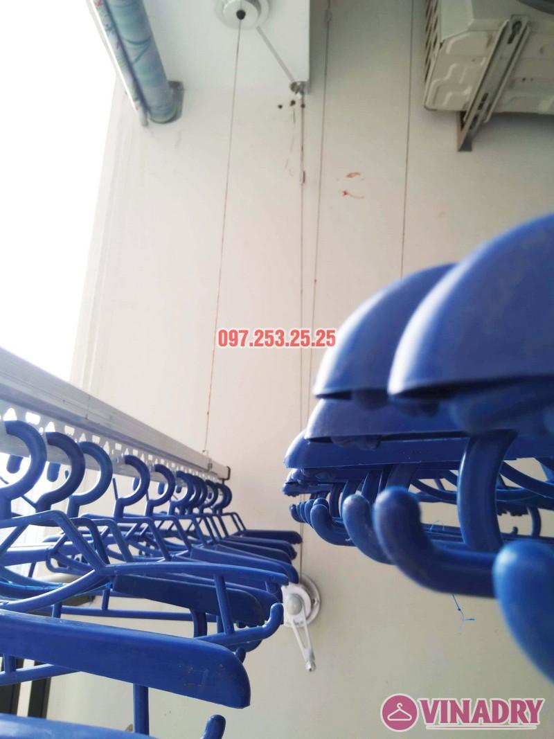Lắp giàn phơi Hòa Phát tại Tây Hồ nhà chị Thảo, Tòa A chung cư Lạc Hồng Westlake - 02