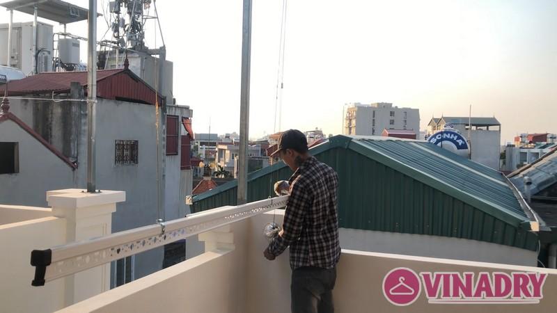 Bộ đôi giàn phơi Hòa Phát HP901 lắp tại nhà chị Mỹ, ngõ 219 Long Biên, Hà Nội - 05