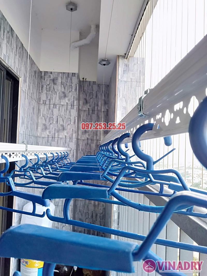 Lắp giàn phơi tại chung cư Vinaconex 2, KĐT Kim Văn Kim Lũ nhà chị Hà căn 2917 tòa C - 02