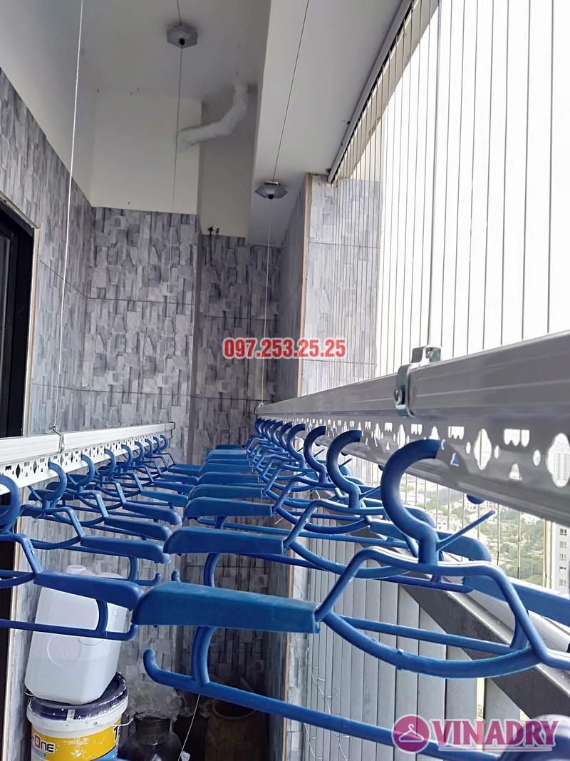 Lắp giàn phơi tại chung cư Vinaconex 2, KĐT Kim Văn Kim Lũ nhà chị Hà căn 2917 tòa C - 04