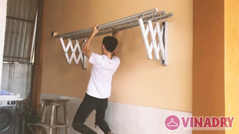 Lắp giàn phơi gắn tường, xếp ngang tại Hà Đông nhà chị Khánh, tổ 15 Yên Nghĩa - 03