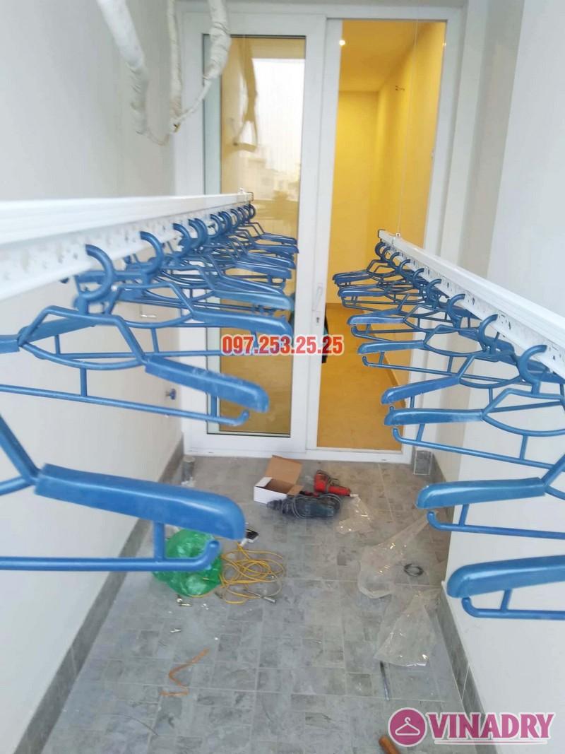 Lắp giàn phơi chung cư Goldseason 47 Nguyễn Tuân nhà anh Phú, 2 bộ HP701 - 07